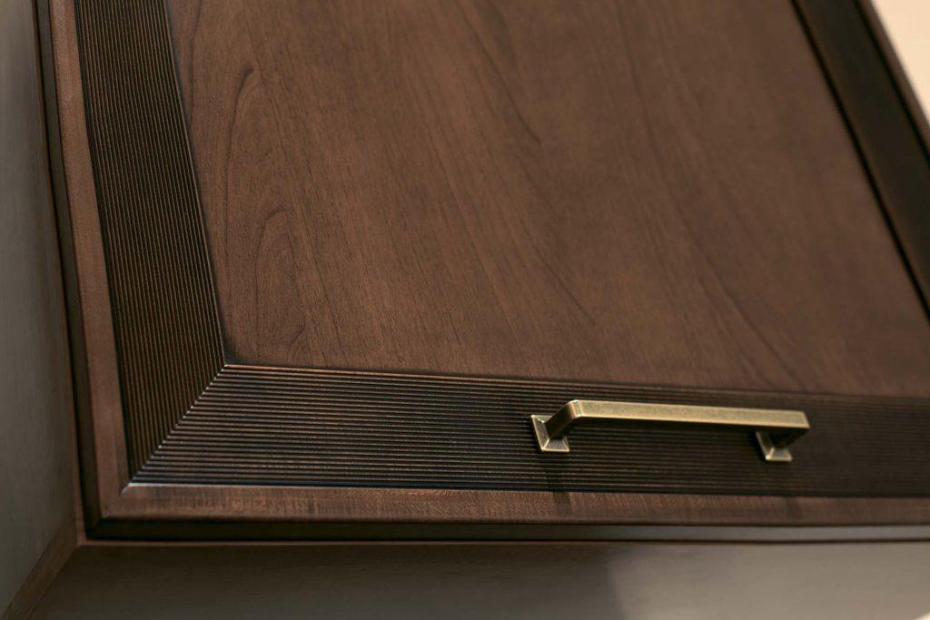 Что влияет на стоимость фасада из массива древесины?